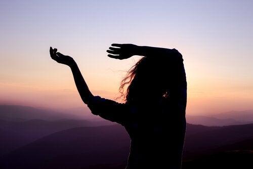 özgürce dans etmek
