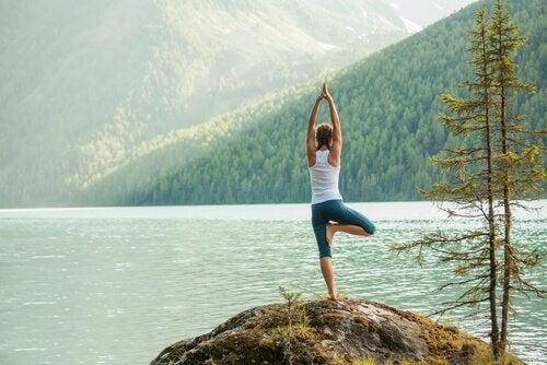 Enerjinizi Yönlendirecek 5 Kolay Yoga Pozu