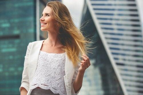 Öz Güveninizi Geliştirmek için 5 Basit Yöntem