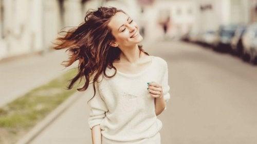 pozitif dil ile mutluluk