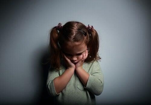 Duygusal Olarak Noksan Ebeveynler ile Büyümek