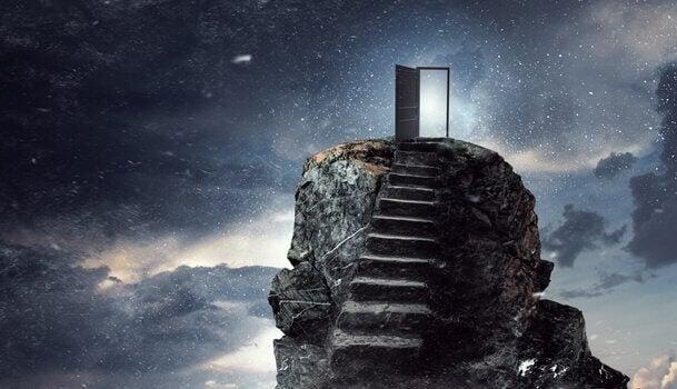 merdiven ve yıldızlara açılan kapı