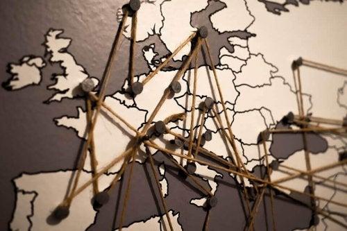 Jeopolitik Bilimi: Dünya Nasıl Dönüyor?