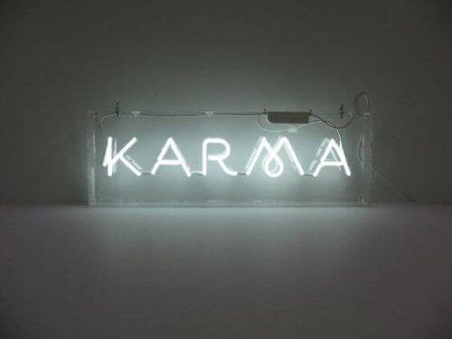 ışıklı karma yazısı