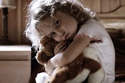 Hiperaktif Çocuklar: Travma Mı Yoksa Çocukluk Stresi Mi?