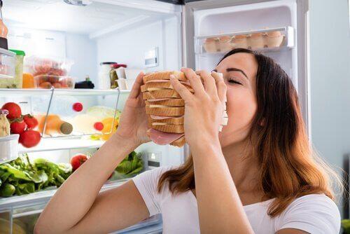 Anksiyete Kaynaklı Açlık Hissini Kontrol Etmek