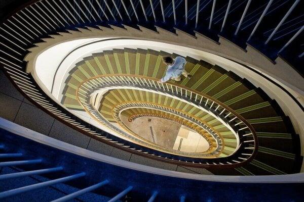 merdiven inen adam