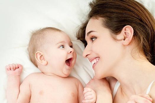 anne ve çocuğu mutlu
