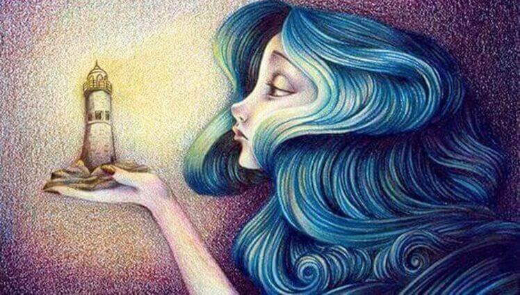 kadın deniz fenerine bakıyor