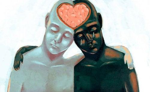 beyinleri birleşip kalp olmuş iki kişi