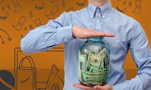 Neden Sahip Olduğunuzdan Daha Fazla Para Harcıyorsunuz?