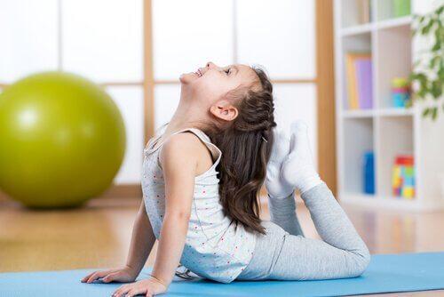 Çocuklar için Yoga Pozları