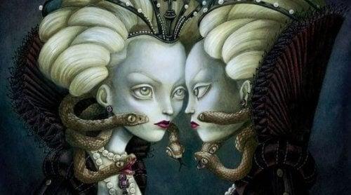 ilişki borçları ve saçları yılandan kadınlar