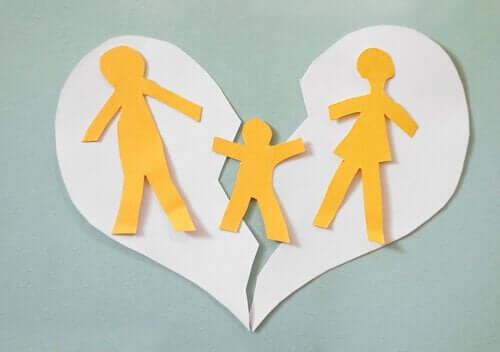 Ayrı Yaşamak ve Boşanma Arasındaki Farklar