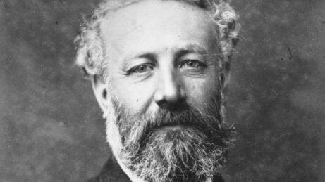 Jules Verne: Sıra Dışı Bir Hayat Hikayesi