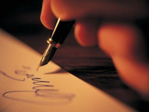 bir sanat terapisi yöntemi olarak yazı