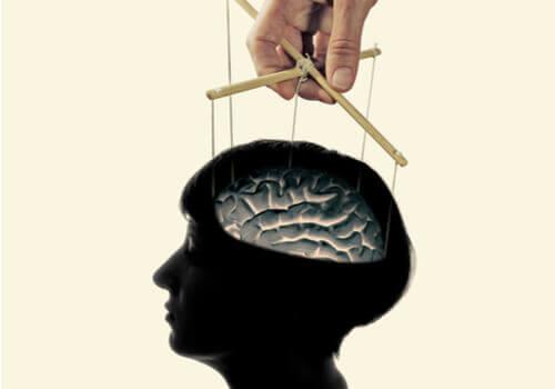 Beyin Yıkama Gerçek mi Yoksa Sadece Bir Efsane mi?