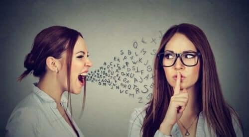 konuşarak insanları rahatsız etmek