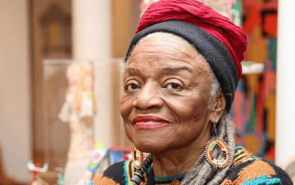 Faith Ringgold: Kaderini Kucaklayan Bir Kadın