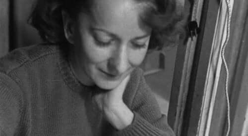 Wisława Szymborska'nın gençliğinden başka bir fotoğraf.