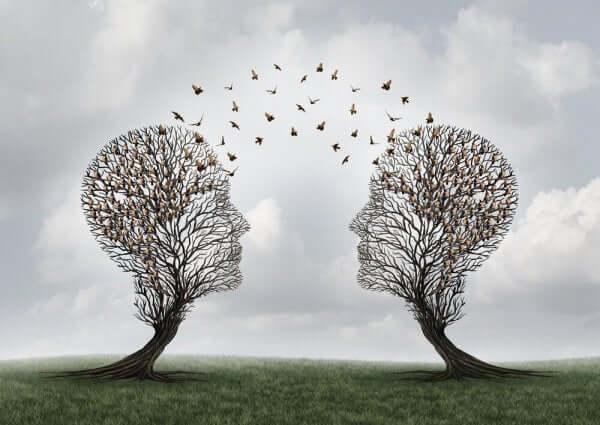 ikiz ağaçlar ve uçan kuşlar