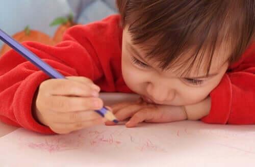 renkli kalemlerle karalama