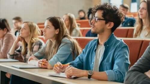 Üniversite Hayatı Göründüğü Gibi Değildir