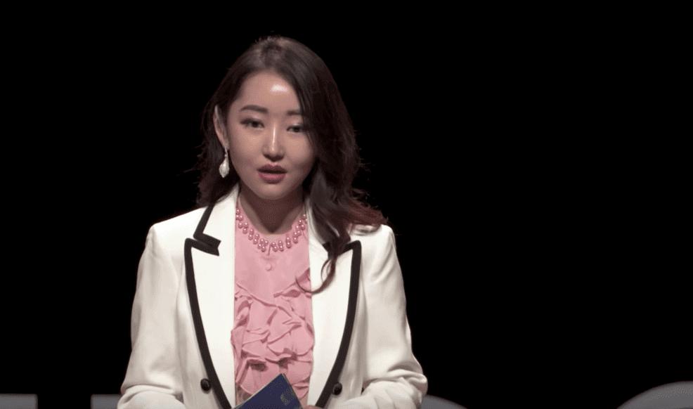 Yeonmi Park: Canavarla Yüzleşen Kızın Biyografisi