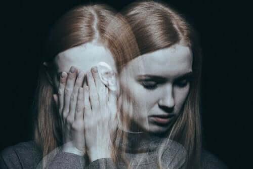 şizofreni hastası kız
