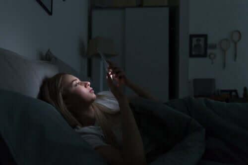 Elektronik Cihazlar ve Uyku Değişiklikleri