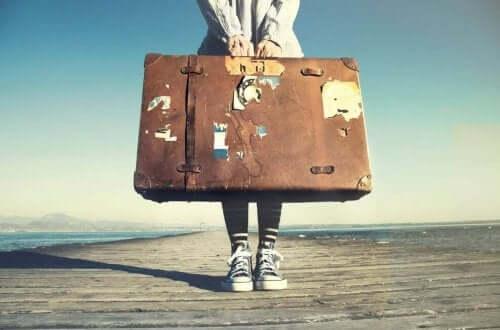 Yurt dışında yaşamak için taşınmak