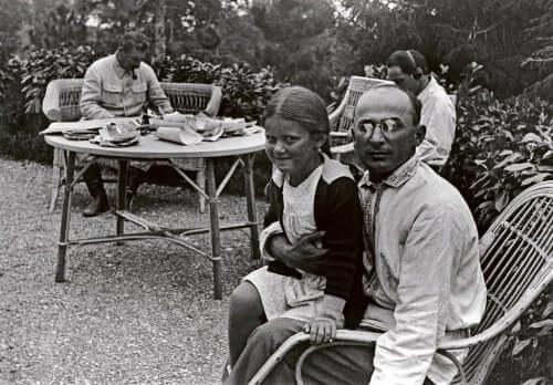 svetlana çocukluk fotoğrafı