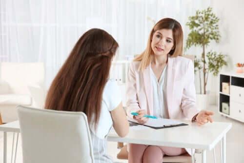 terapi seansında kadın
