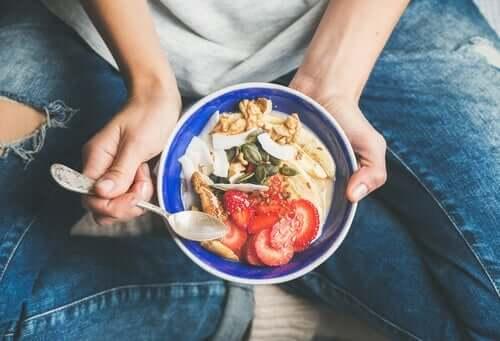 Bilinçli Yeme – Yemeğinizle Arkadaş Olmak