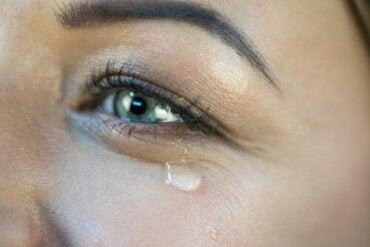 Mutluluktan Ağlamak: Nedenleri ve Sonuçları