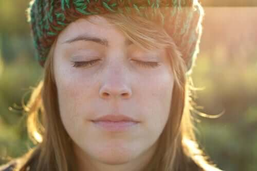 Kuru Üzüm Egzersizi: Rahatlamanızı Nasıl Sağlar?