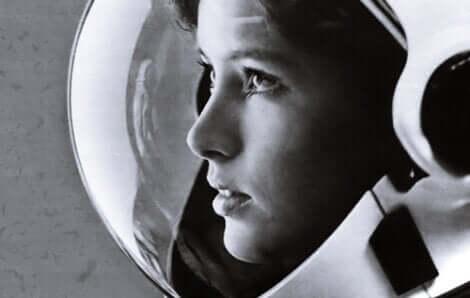 Astronot kız