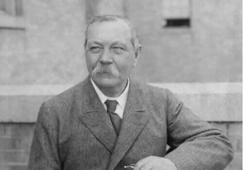 Arthur Conan Doyle'dan Beş Harika Alıntı