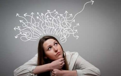 Kişinin düşünce süreçlerini temsil eden bir görsel.