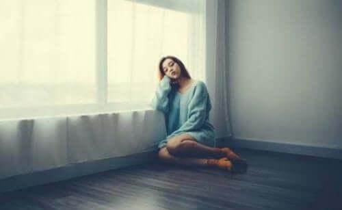 Korku, Üzüntü ve Hayal Kırıklığı: İzolasyon Sırasında En Yaygın Duygular