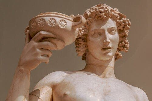 Şarap ve Zevk Tanrısı Dionysos Efsanesi