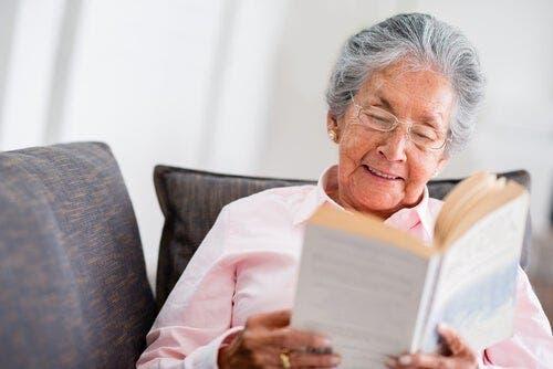Yaşlı isanlar hayat deneyimleri sayesinde iyi tavsiyeler verebilirler.