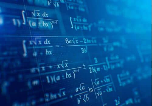 Emmy Noether önde gelen matematikçilerdendi