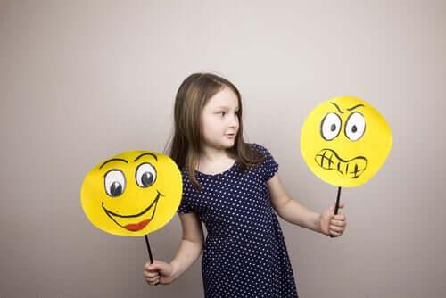 Duygusal Eğitim – Okullar Öğretmeli mi?
