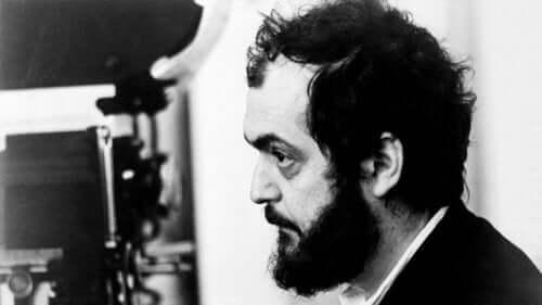 Stanley kubrick'in profilden fotoğrafı