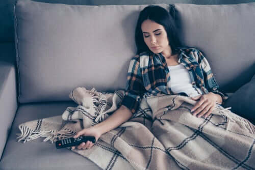 hareket yaşam tarzı ile uyuyakalan kadın