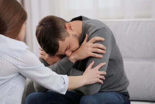Stresli bir adam ve eşi