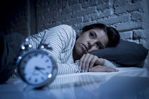 uykusuz bir kadın