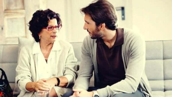 Yetişkin Çocuklar ve Onları Kontrol Eden Ebeveynler