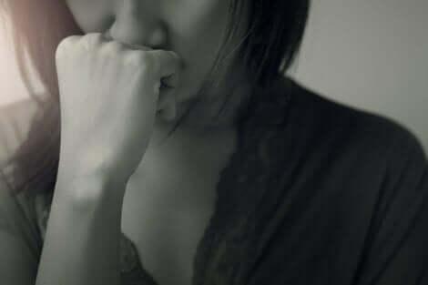 bipolar bozukluk yaşayan kadın